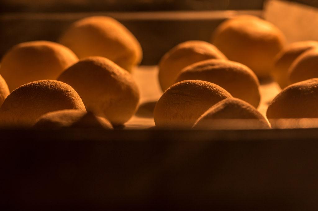 パン作り オーブン