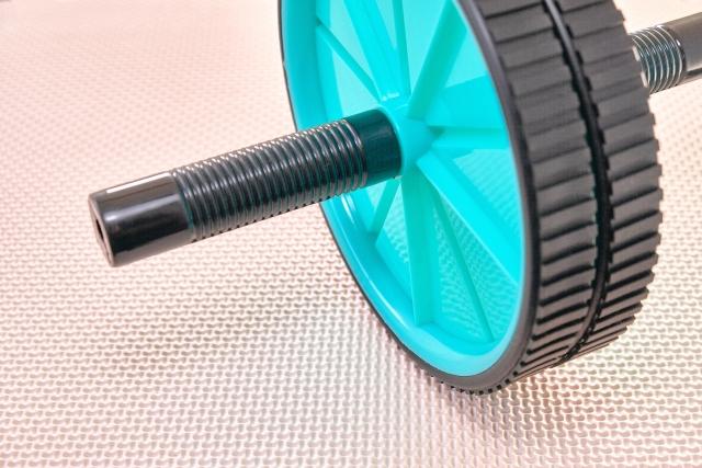【令和の最新版】腹筋ローラーの選び方とおすすめ人気ランキングTOP10